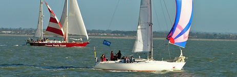 2006 Cowes Small Ships race (photo: Tracey Tyerman)